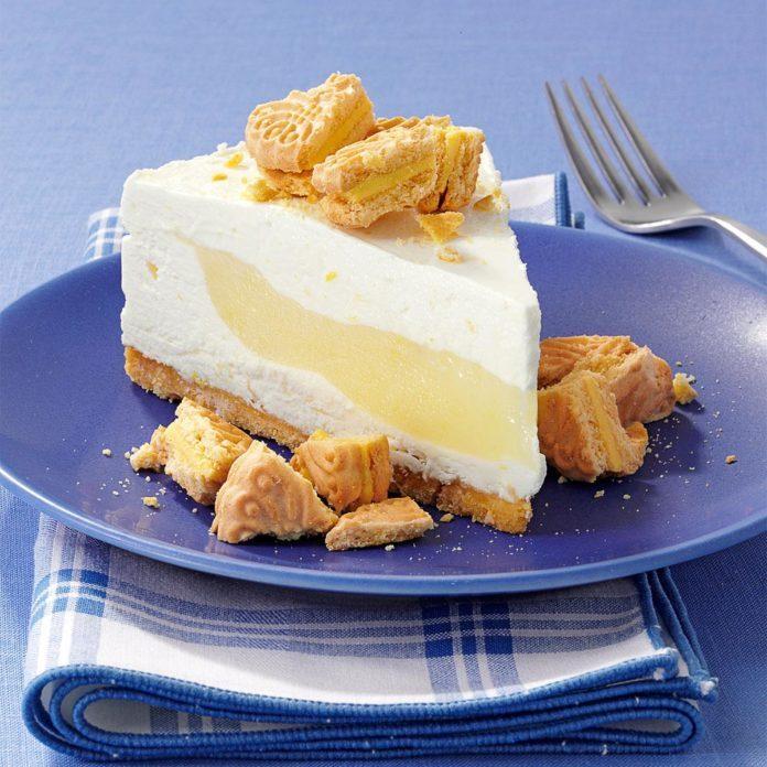Lemon Surprise Cheesecake