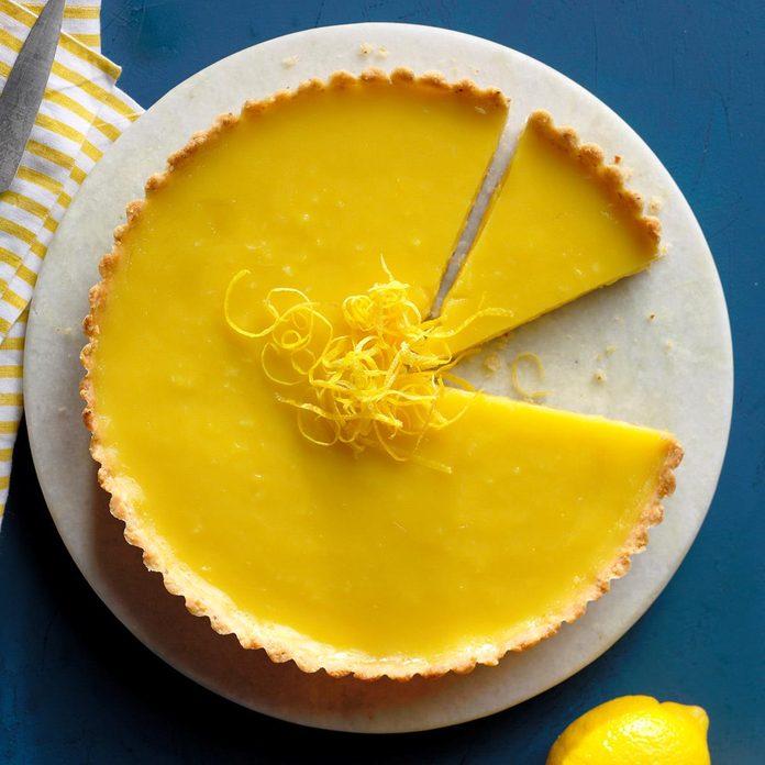 Tarta de limón con costra de almendras