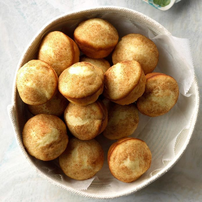 Lemon Yeast Puffs