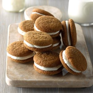 Lemony Gingerbread Whoopie Pies