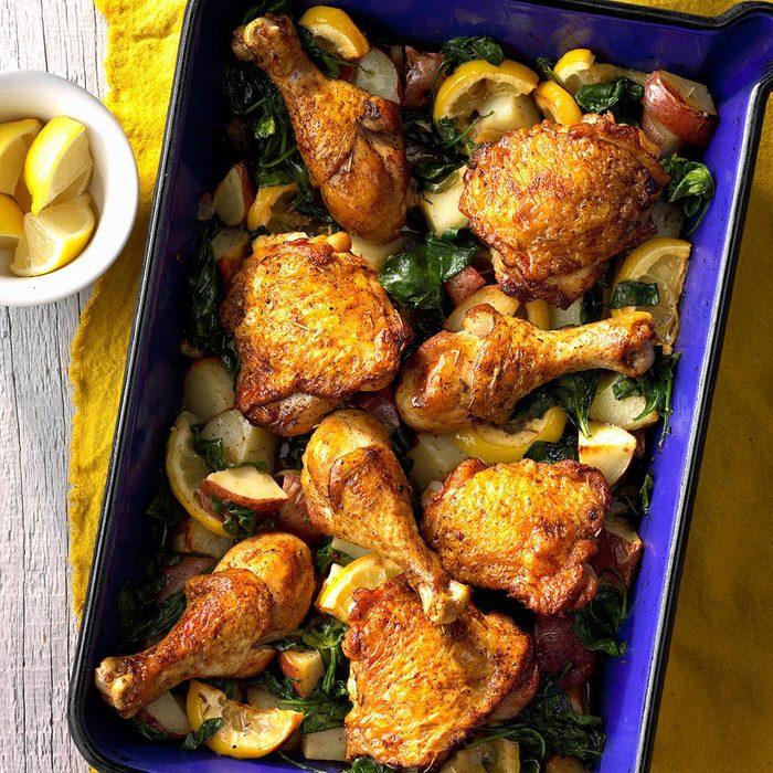 Lemony Roasted Chicken And Potatoes Exps Cwfm 212396 C11 01 4b 11