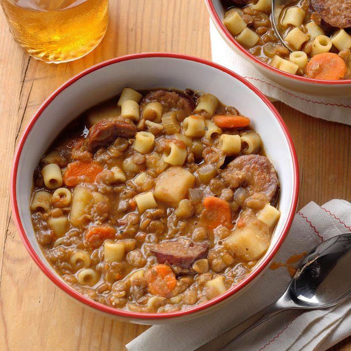 Lentil And Pasta Stew Exps Ssmz20 161163 B04 10 4b