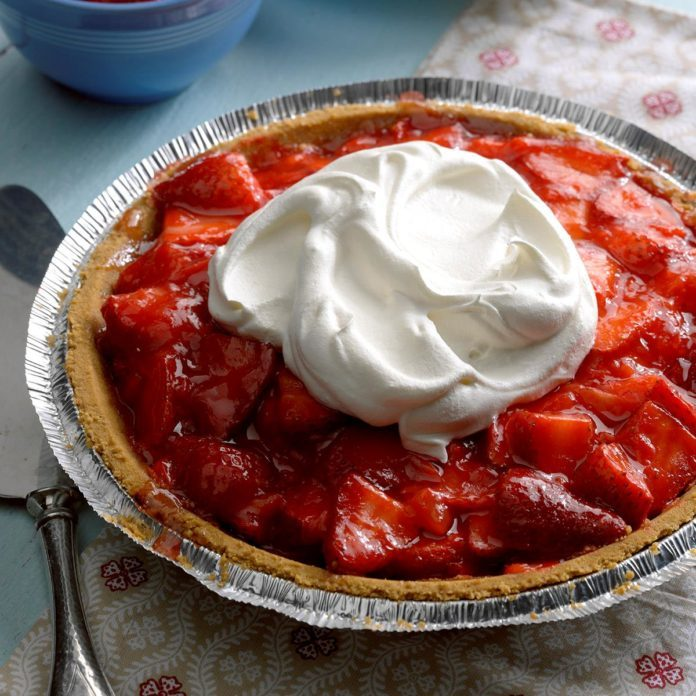 Light Strawberry Pie