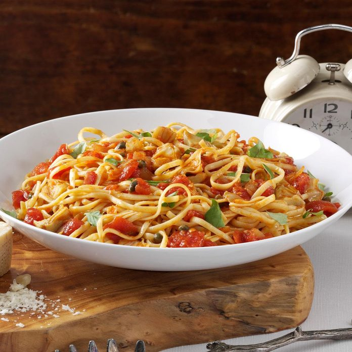 Linguine With Artichoke Tomato Sauce Exps138689 Cw2235114a10 11 2bc Rms 2