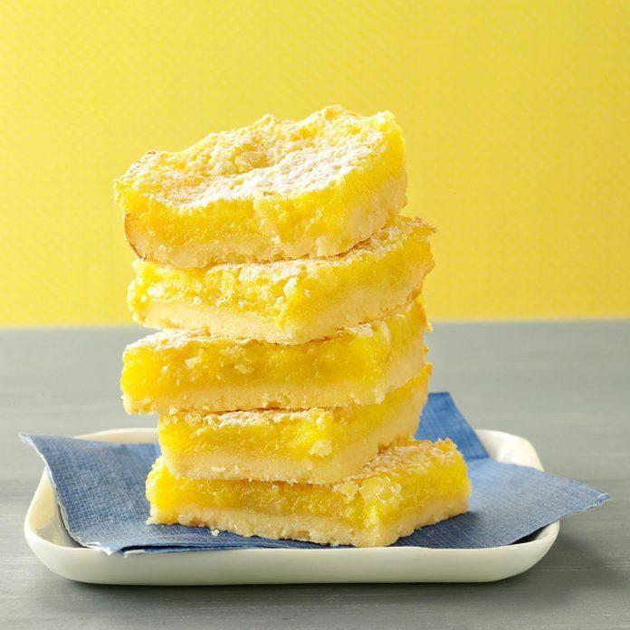 Macadamia Lemon Bars