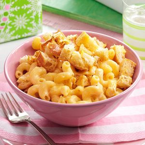 Macaroni and Cheese with Garlic Bread Cubes