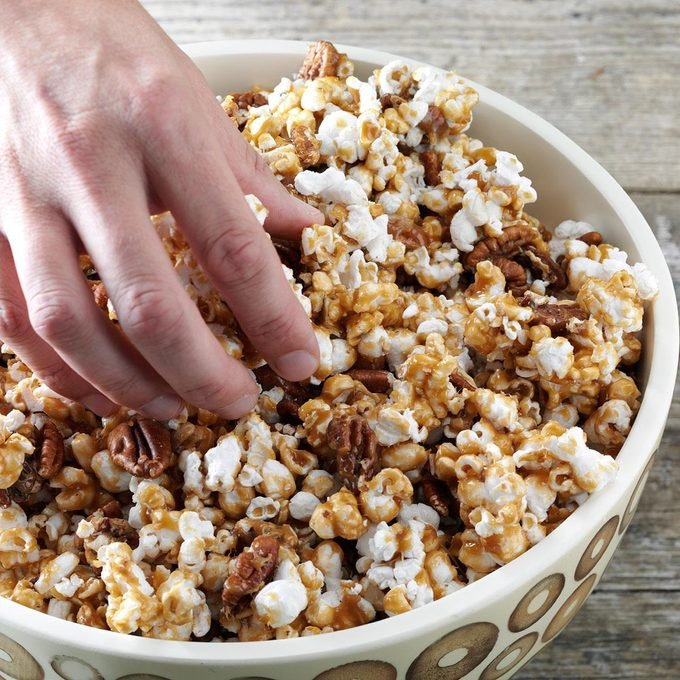 Maple Crunch Popcorn Exps49262 Cx2376979a09 14 6b Rmspg 2