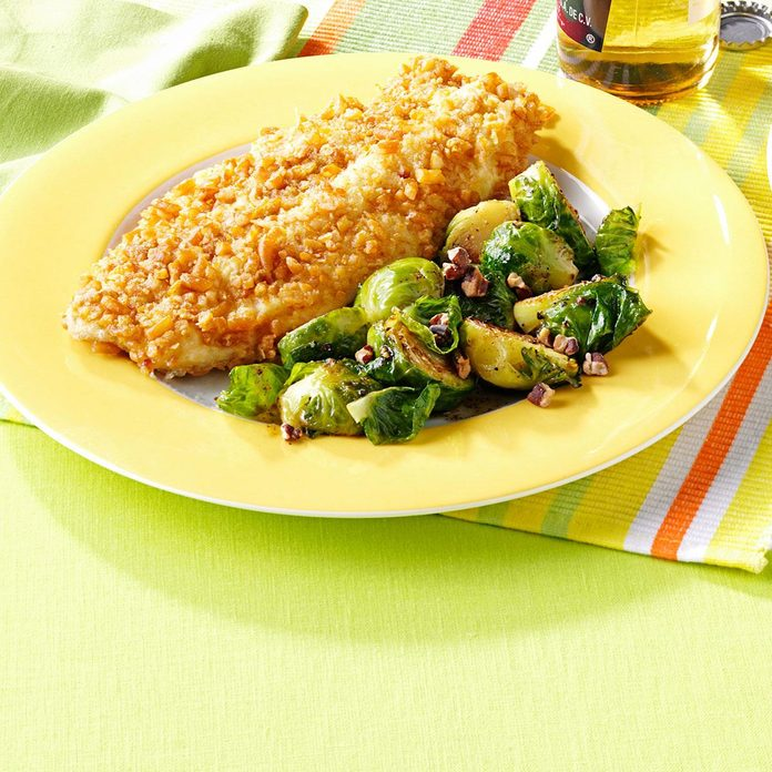 Maple-Pecan Brussels Sprouts