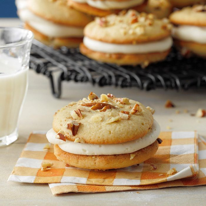 Maple Whoopie Pies Exps Hcacb21 185113 E04 01 2b