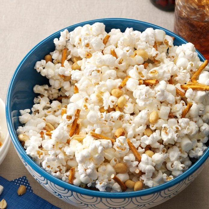 Marshmallow-Peanut Popcorn