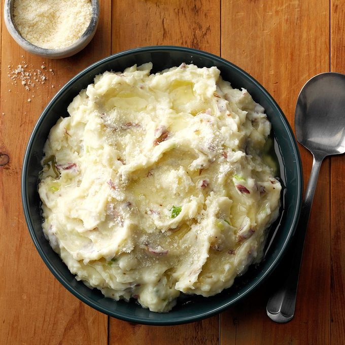 Mashed Potatoes With Garlic Olive Oil Exps Gbhrbz18 59820 E06 20 1b 3
