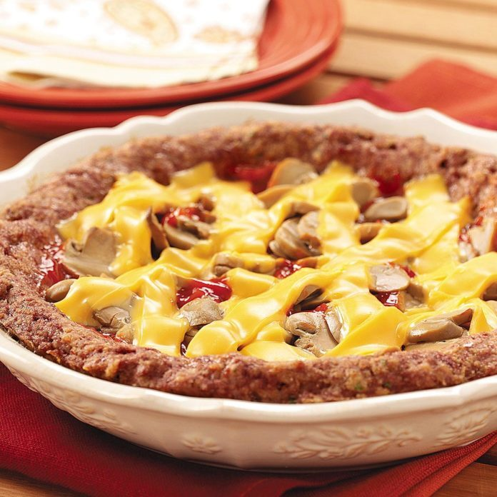 Meat-Za Pie