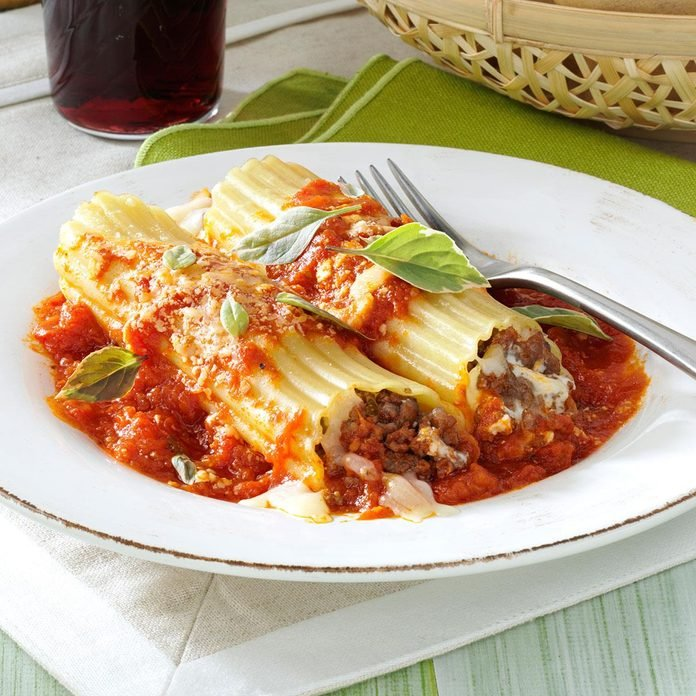 Meaty Manicotti Exps32375 Omrr2777383a06 04 4bc Rms 2