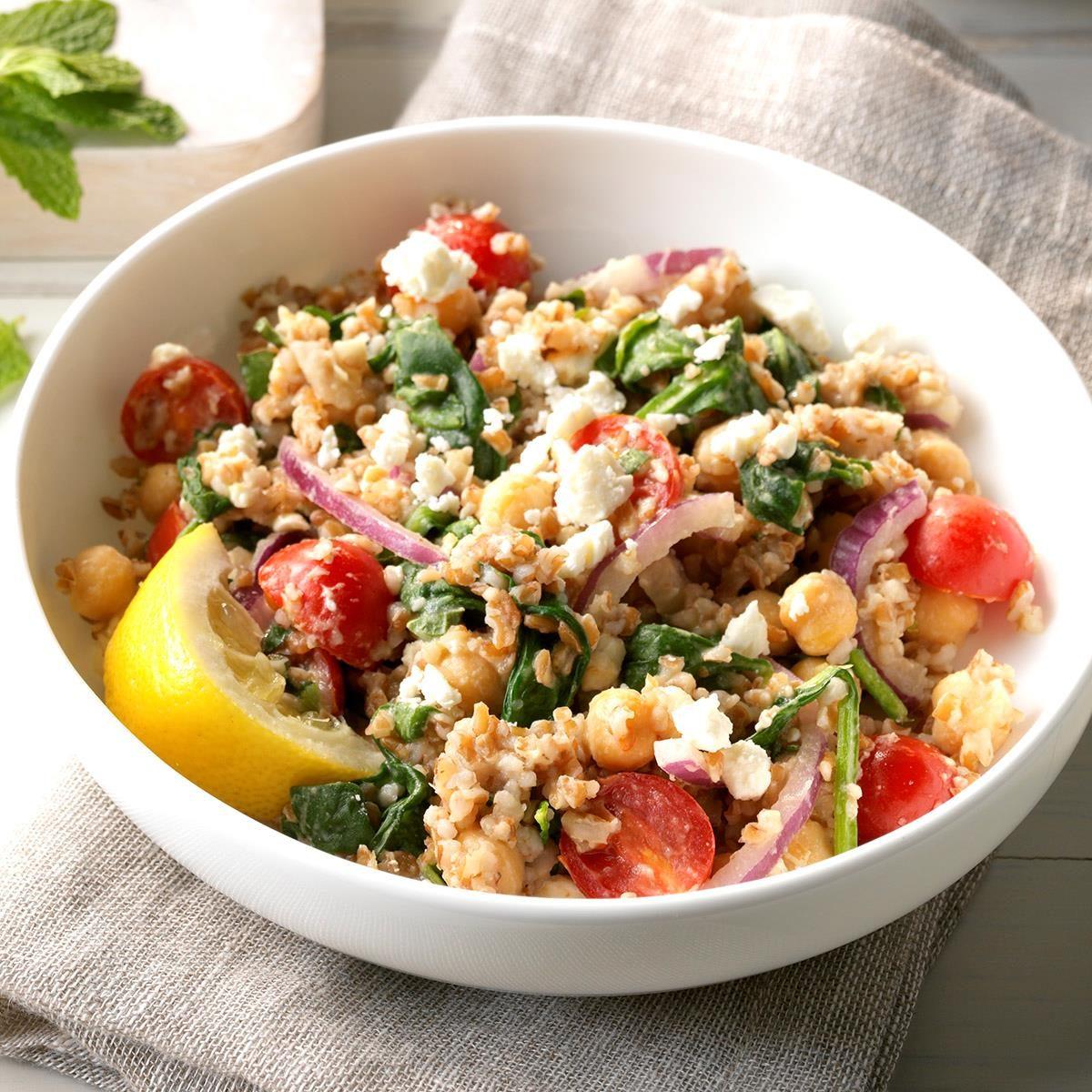 Mediterranean Bulgur Bowl with Spinach