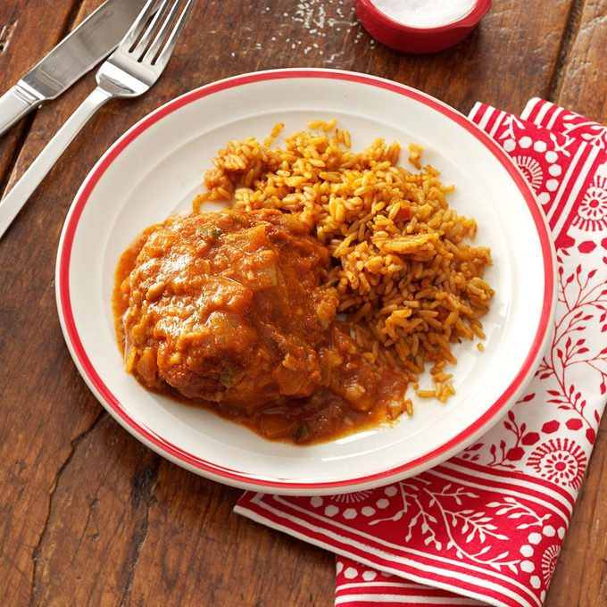 Mexican Smothered Chicken Thighs Exps50835 Sd19999446c10 11 6b Rms 3