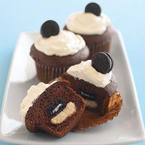 Mini OREO Surprise Cupcakes