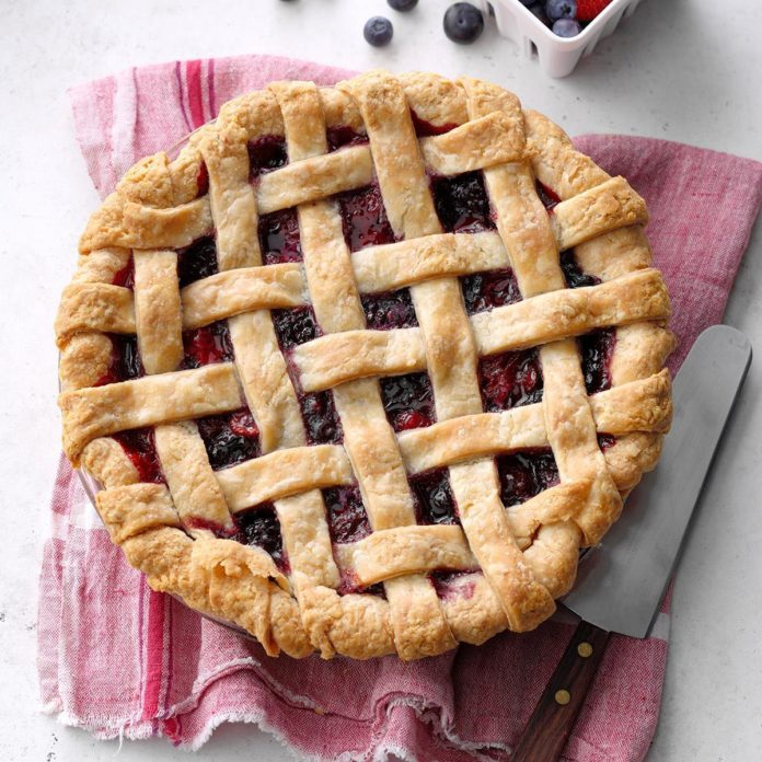 Mixed Berry Pie