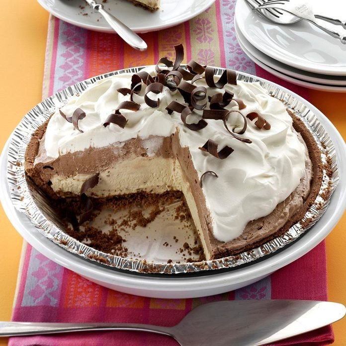 Mocha Java Pie With Kahlua Cream Exps143397 Wthupc2643379a02 09 2b Rms 2