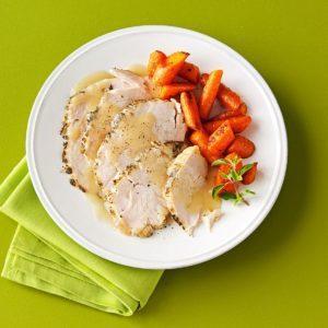 Moist Turkey Breast with White Wine Gravy