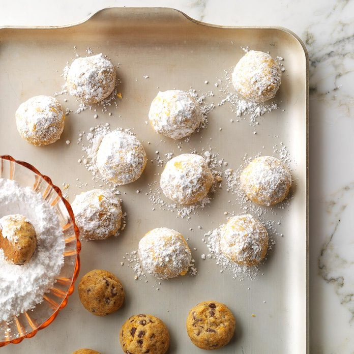 New Mexico: Mole New Mexican Wedding Cookies