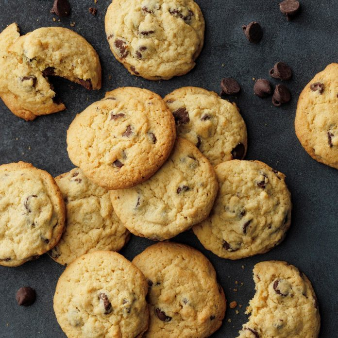 Mom S Chocolate Chip Cookies Exps Diyd 1016 E08 20 7b 9