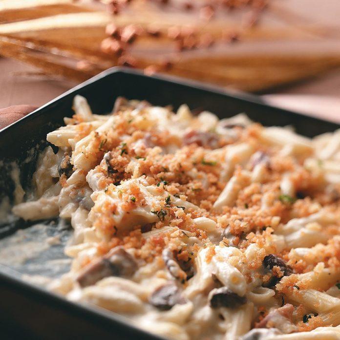Mushroom-Swiss Mac & Cheese