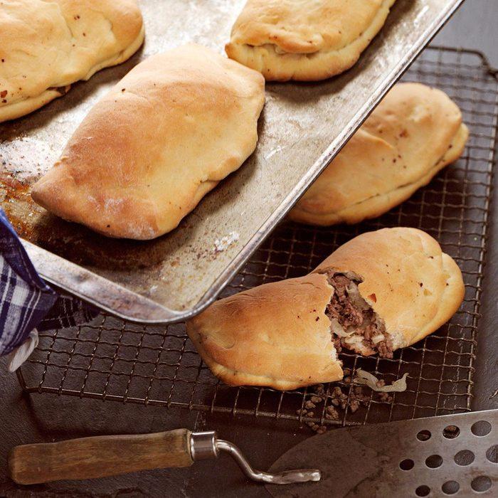 Nebraska S Stuffed Beef Sandwiches Exps152441 Cw2376963b12 20 8bc Rms