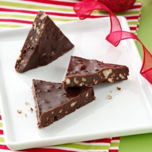 No-Bake Chocolate Cookie Triangles