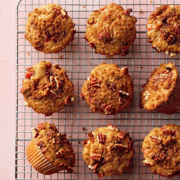 Nut Topped Strawberry Rhubarb Muffins Exps Sdam19 25515 E12 06 4b 3