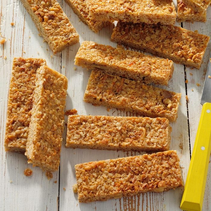 Oatmeal Breakfast Bars Exps Tohas21 16936 B04 14 2b