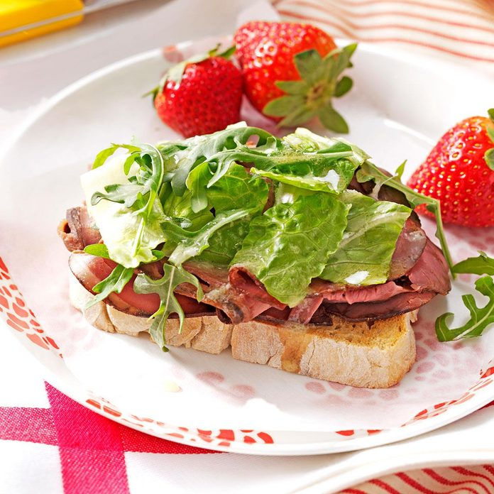 Day 5 Lunch: Open-Faced Roast Beef Sandwiches