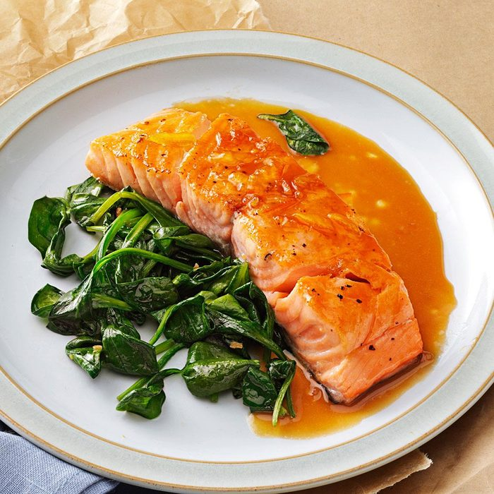 Orange Salmon With Sauteed Spinach Exps139881 Thhc2377560b02 28 5bc Rms