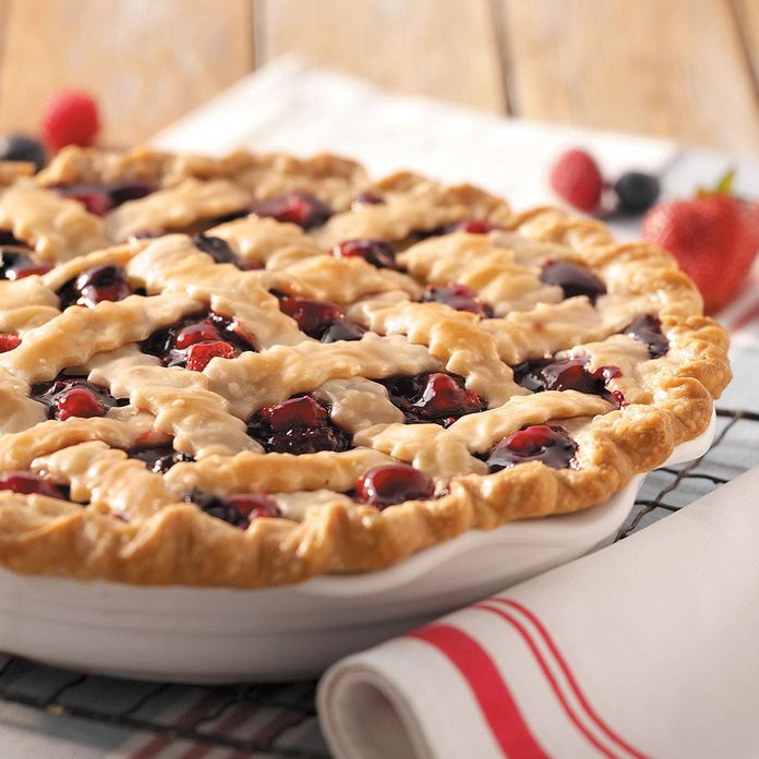 Ozark Mountain Berry Pie