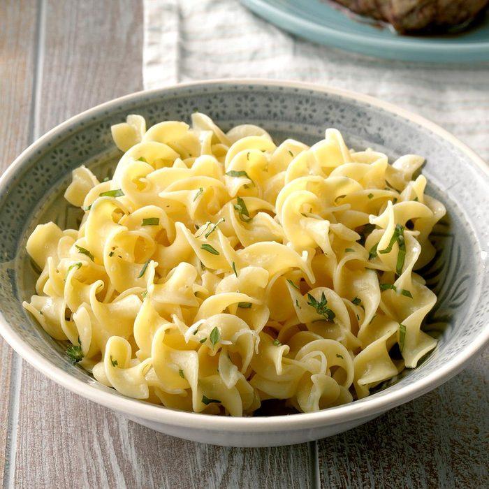Parmesan Herbed Noodles Exps Cf2bz20 27889 B11 15 3b 6