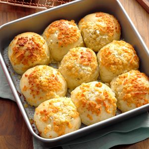 Parmesan-Ranch Pan Rolls