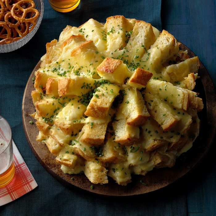 easy thanksgiving appetizers - Party Cheese Bread