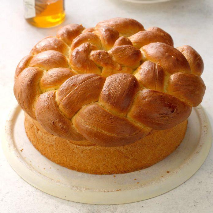Paska Easter Bread
