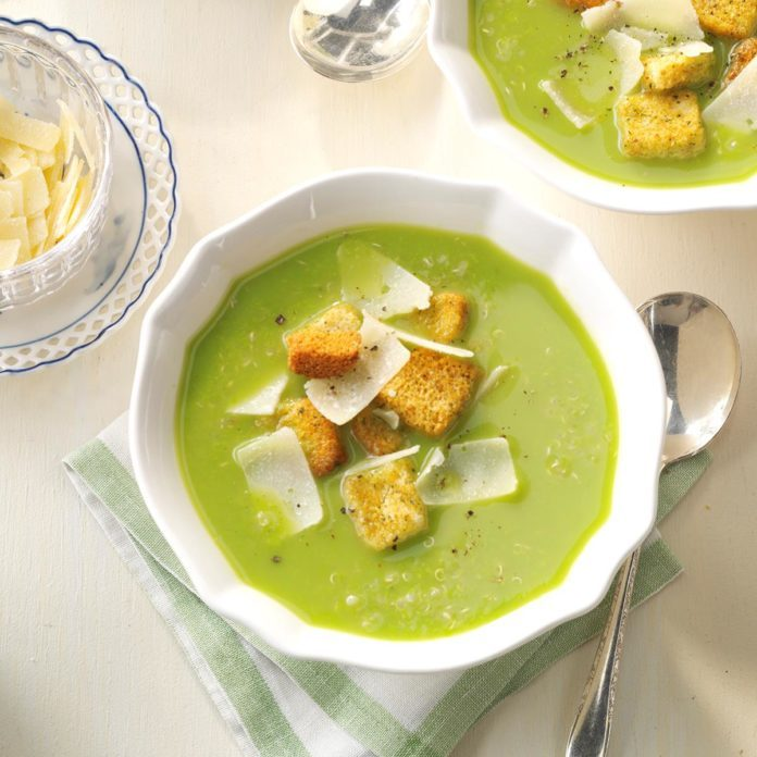 Pea Soup with Quinoa