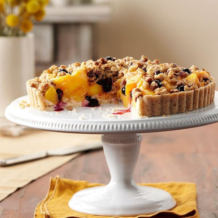 Peach Blueberry Crumble Tart Exps161696 Th2379801a07 25 5b Rms 4