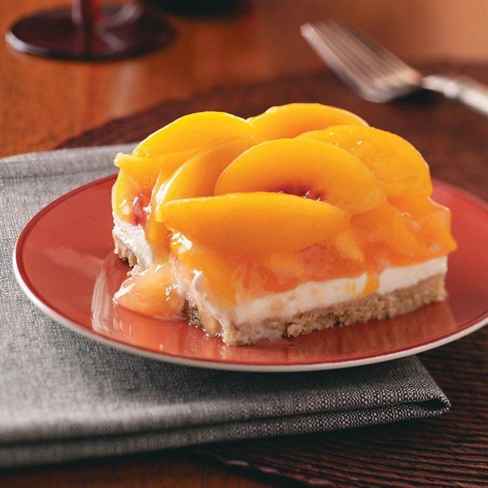 Kentucky: Peaches & Cream Dessert