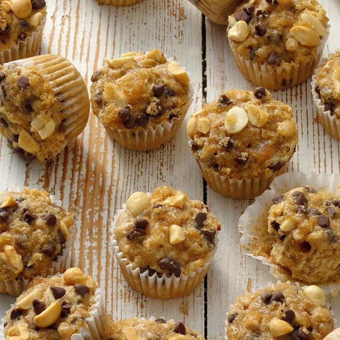 Peanut Butter Banana Muffins Exps Bmz20 47005 B10 23 7b 3