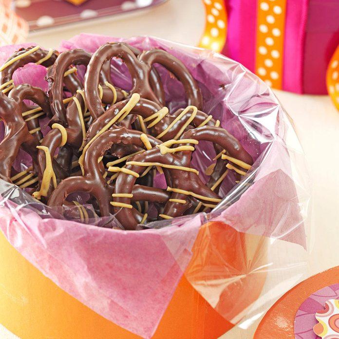 Peanut Butter Chocolate Pretzels