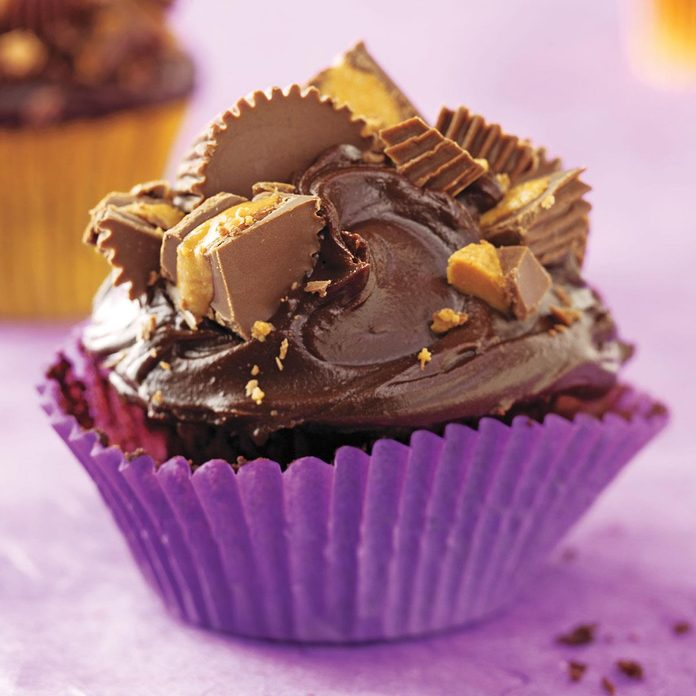 Peanut Butter Cup Chocolate Cupcakes