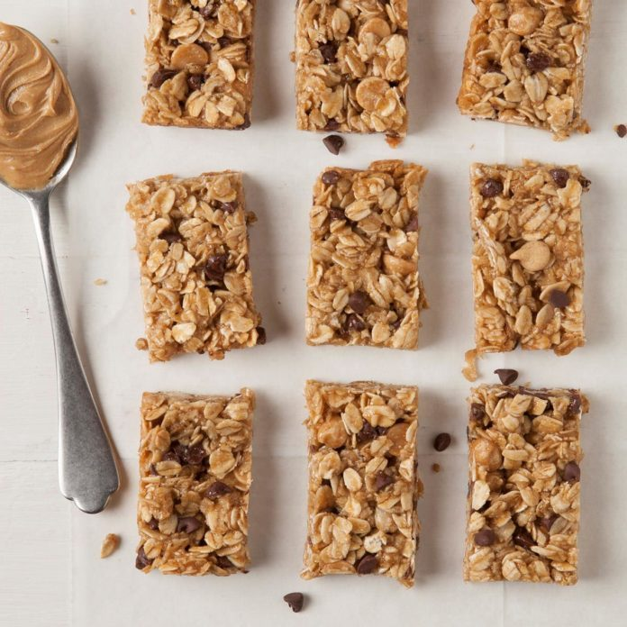 Peanut butter granola mini bars