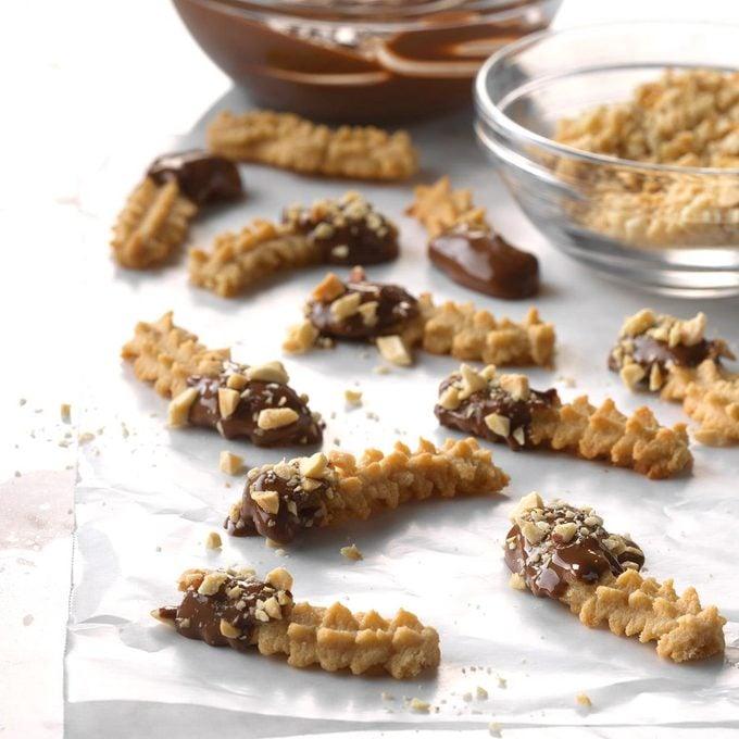 Peanut Butter Spritz Fingers Exps Ucsbz17 28438 C05 05 2b 1