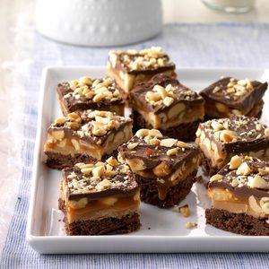 Peanut Caramel Brownie Bites