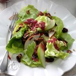 Pear & Pecan Salad with Cranberry Vinaigrette