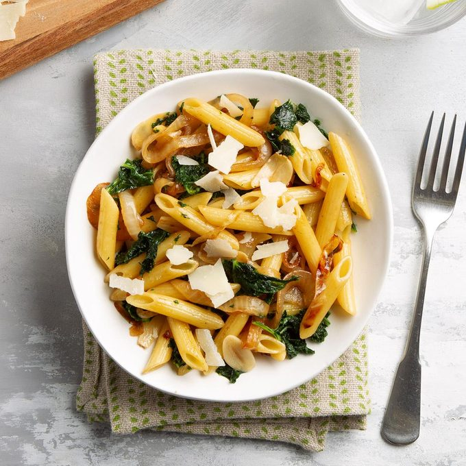 Penne With Kale And Onion Exps Ft21 45019 F 0721 1 3