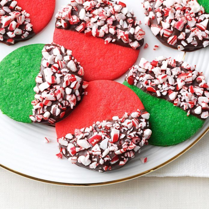 Peppermint Crunch Christmas Cookies