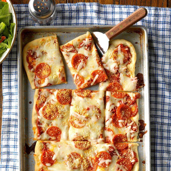 Pepperoni Pan Pizza Exps Hscbz17 9865 C07 25 2b